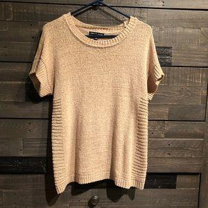 cable & gauge knit top. Size xl